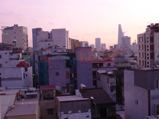Cat Huy Hotel: View from balcony in #602 at sunrise