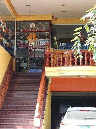 Golden House International: Entrance to Golden House