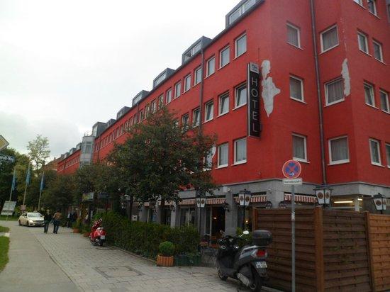 Nh Hotel Munchen Eggenfeldener Str