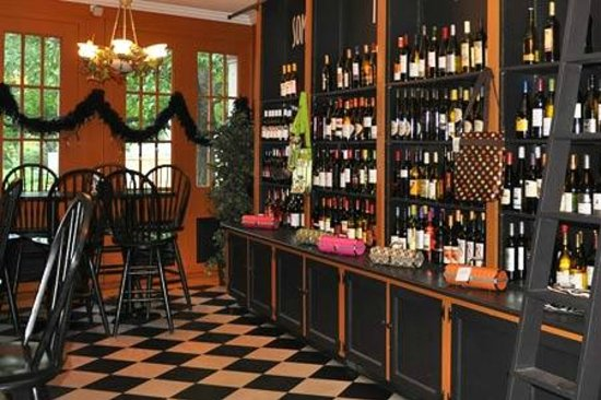 Uncorked: Full Bar Selection – of Wine, Beer, Spirits & Gourmet Coffees