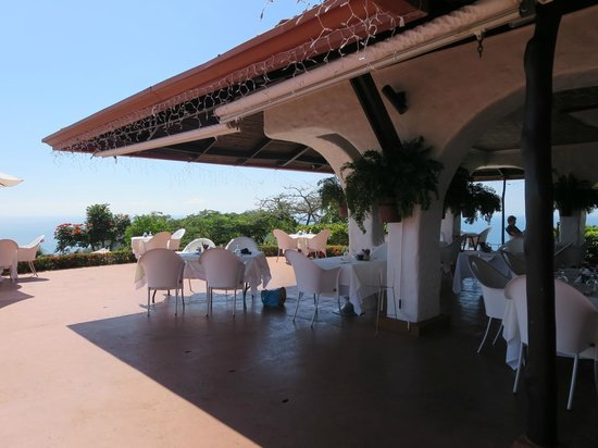 La Mariposa Hotel : View of dining area