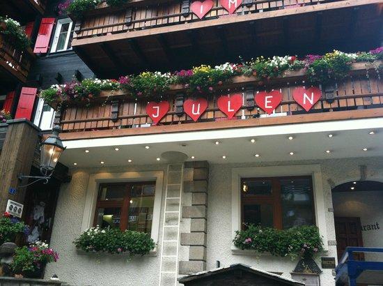 Romantik Hotel Julen: Front of the Hotel