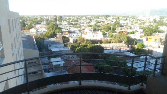 Hotel Vista Suites Spa & Golf: vista desde la piscina