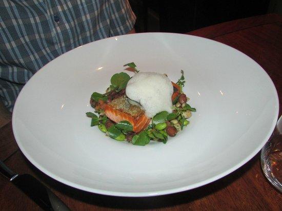 Bommie: Salmon