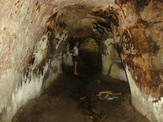 Cachoeira de Iracema : grutas