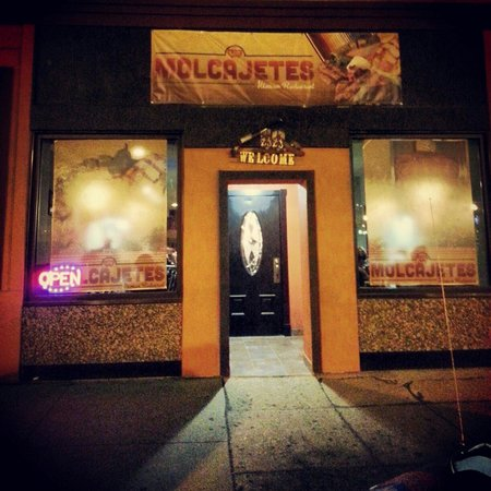 Los Molcajetes Authentic Mexican Restaurant: Los Molcajetes best food in town