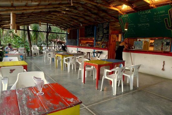 Sahuaro : Restaurant floor