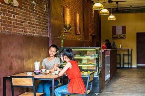 Kaya Cafe: A selection of fresh daily khmer desserts