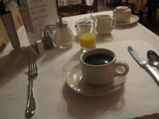 Cornell Hotel de France : Breakfast