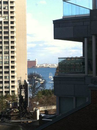 Hilton Boston Downtown / Faneuil Hall : View of the Harbor From our Room