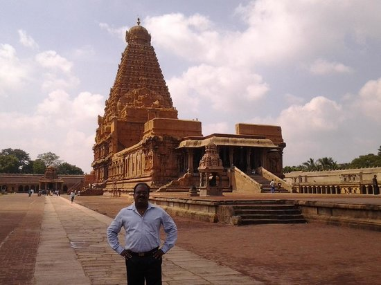 Thanjavur, India: Big temple-Muralitharan photo