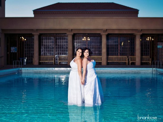 Blue Baths : Weddings