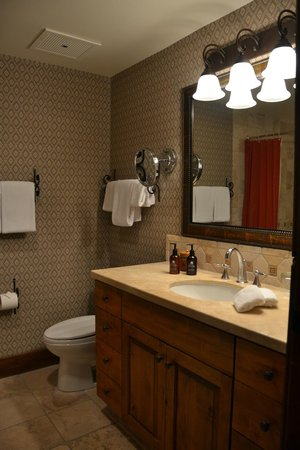 Teton Mountain Lodge & Spa - A Noble House Resort: Bathroom
