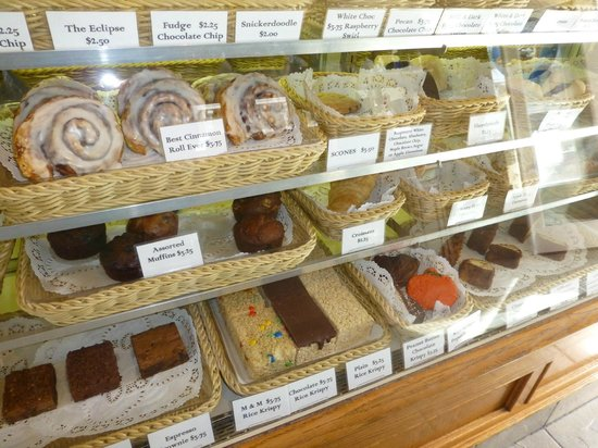 Catalina Coffee & Cookie Co. : Too many choices........all will be good