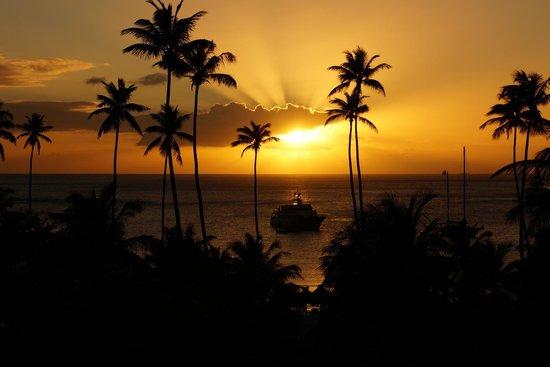 Sugar Beach, A Viceroy Resort : Sunset