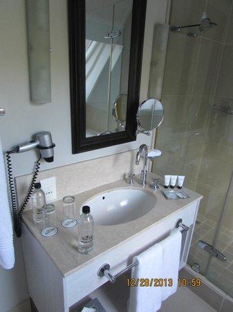 Le Franschhoek Hotel & Spa: bathroom