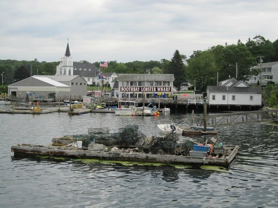 Brown's Wharf Inn : View of Boothbay Harbor