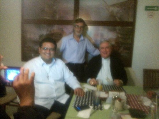 Bel-Ami Cafe Restaurante: Visita de Monseñor Arzobispo de Yucatán.