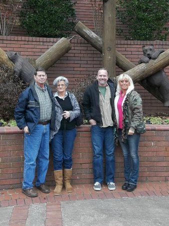 Fontanel Mansion: Becky, Ken, Keith,& Sherry