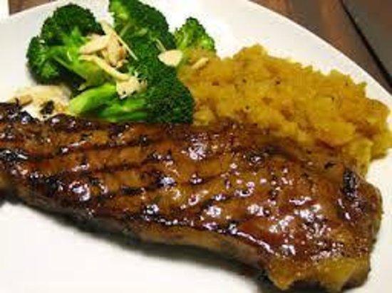 Delicious Steak from Lugar De Place Restaurant