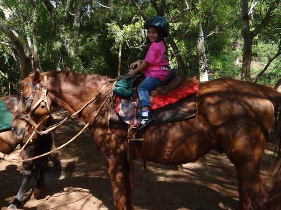 Happy Trails Hawaii: Birthday girl is HAPPY!