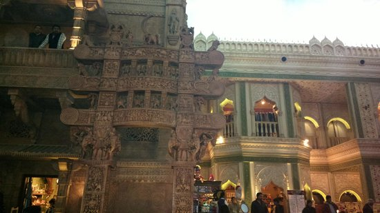 Kingdom of Dreams: various state themes pavilions