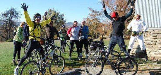Otago Tours - Day Tours: Rail Trail Cyclists
