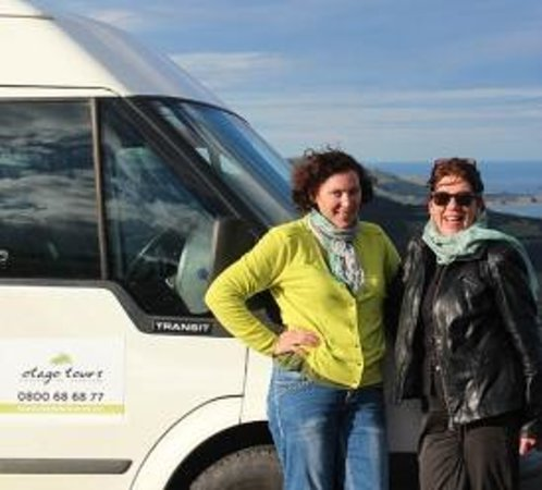 Otago Tours - Day Tours: Fiona and Claudie - your guides