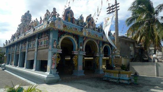 Tamil Surya Oudaya Sangam Temple : Ext