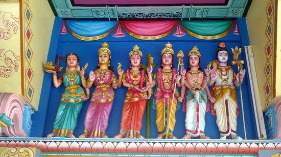 Tamil Surya Oudaya Sangam Temple : Int