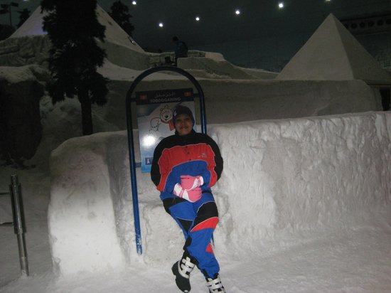 Ski Dubai: Not too cold!