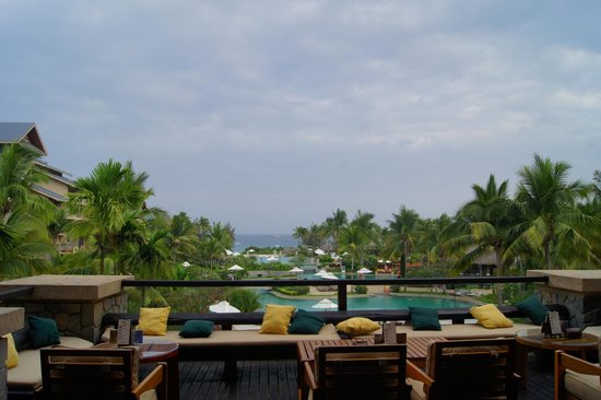 Hilton Sanya Yalong Bay Resort & Spa: вид из отеля