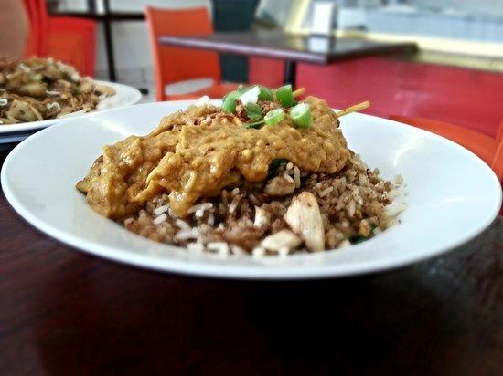 A Taste of Spice : Nasi goreng and satay ayam