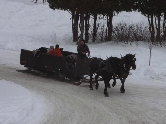 Le Grand Lodge Mont-Tremblant: Holiday Sleigh Ride