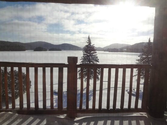 Le Grand Lodge Mont-Tremblant: Lakeview from room