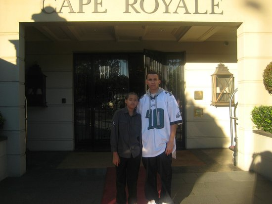 Cape Royale Luxury Hotel: Entrance