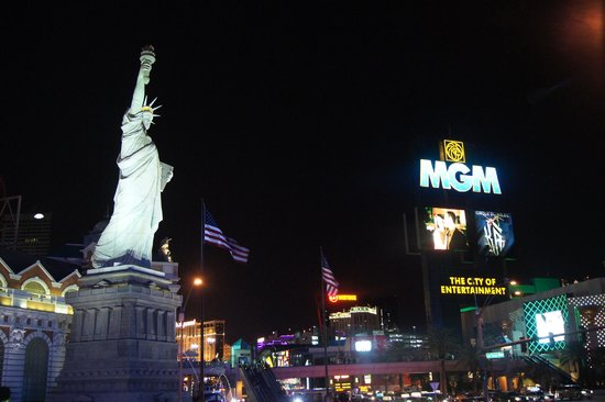 Monte Carlo Resort & Casino : Вегас