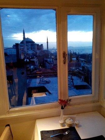 Ambassador Hotel : Aya Sofija from the breakfast restaurant's window.