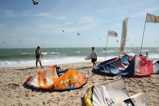 Kitesurf Vietnam: beach front