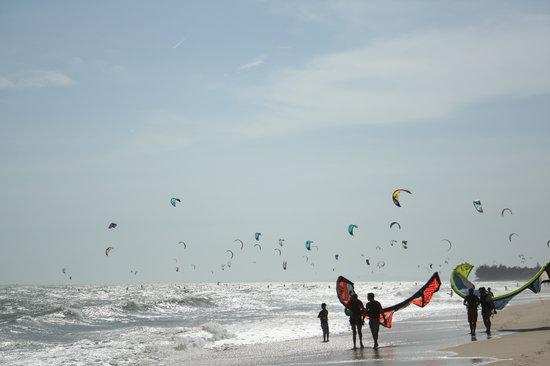Kitesurf Vietnam: another great day!