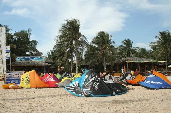 Kitesurf Vietnam: the kite school