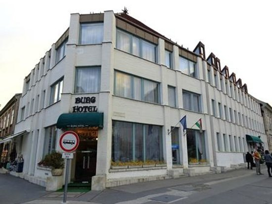Burg Hotel: 外観