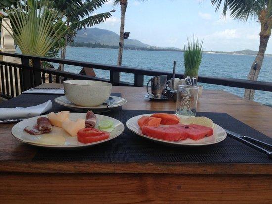 Fair House Villas & Spa: breakfast buffet