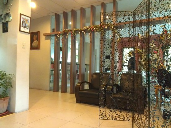 Casa Pura Inn and Suites: Lobby