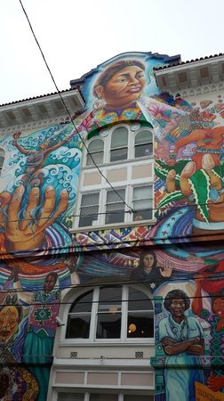 Streets of San Francisco Bike Tours : Riding around the Mission