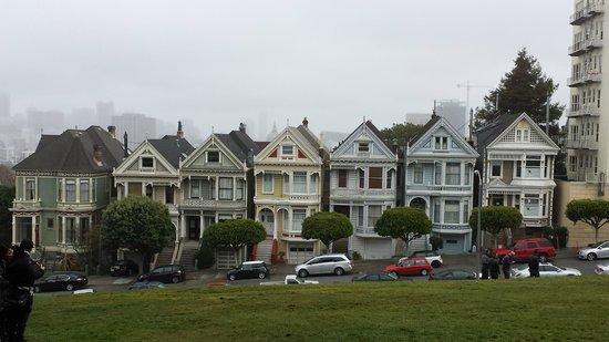 Streets of San Francisco Bike Tours : The Painted Ladies of Alamo Square