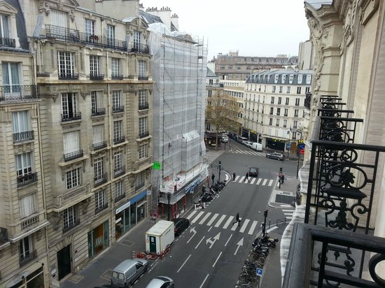 Hotel Lyon Bastille: View from Balcony