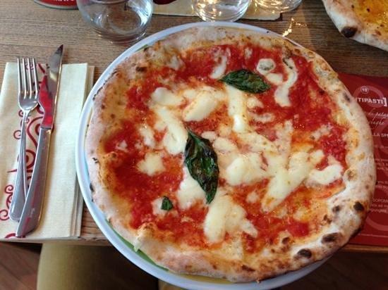 Rossopomodoro: pizza S.Marzano