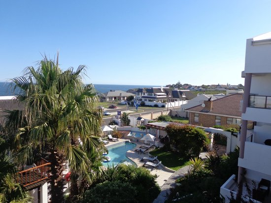 Misty Waves Boutique Hotel Hermanus: The view from room 505