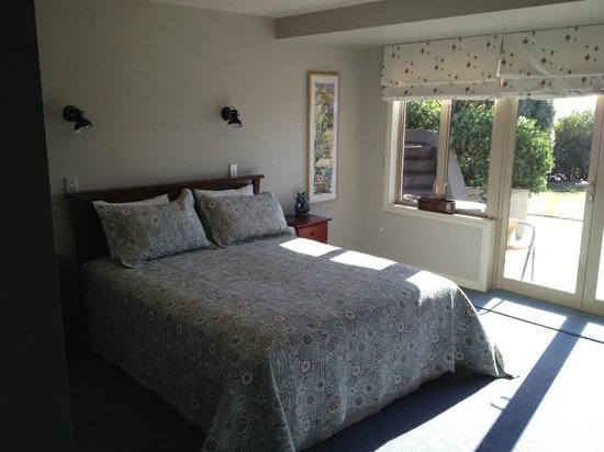 Seagulls Bed & Breakfast: Our lovely room